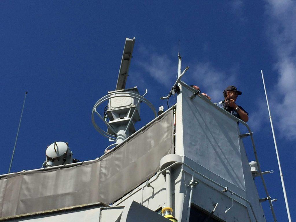 Figura 11: Pedro Izquierdo en el Puente alto de la fragata Extremadura (Foto facilitada por Pedro Izquierdo)