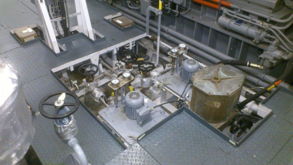 """Figura 4: Válvulas """"PRIOR"""" en un buque"""