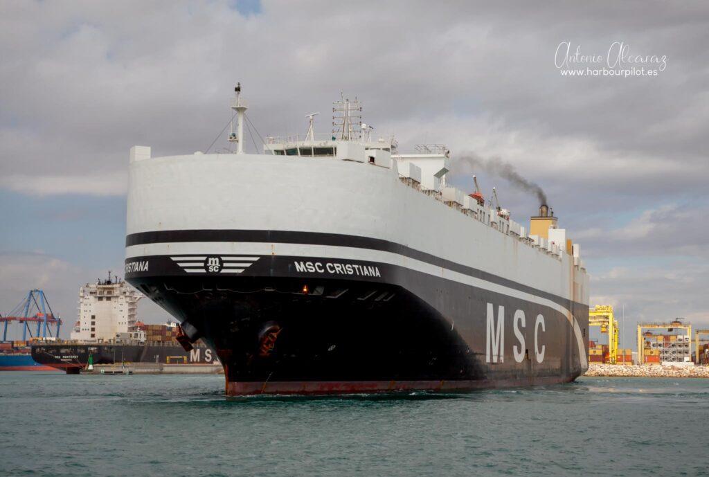 """Figura 2: Buque Ro-ro """"MSC Cristiana"""" saliendo del puerto de Valencia el 15/11/20 (Foto facilitada por Antonio Alcaraz de """"www.harbourpilot.es"""")"""