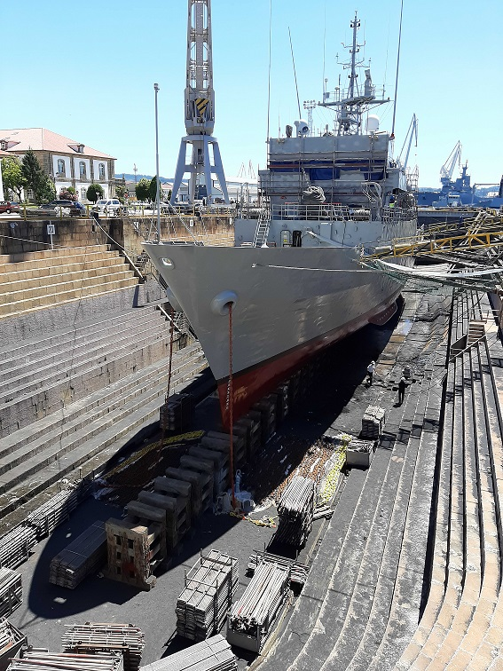 Figura 9: Patrullero tipo Serviola en dique de Ferrol (Fuente: Fernando Freire)