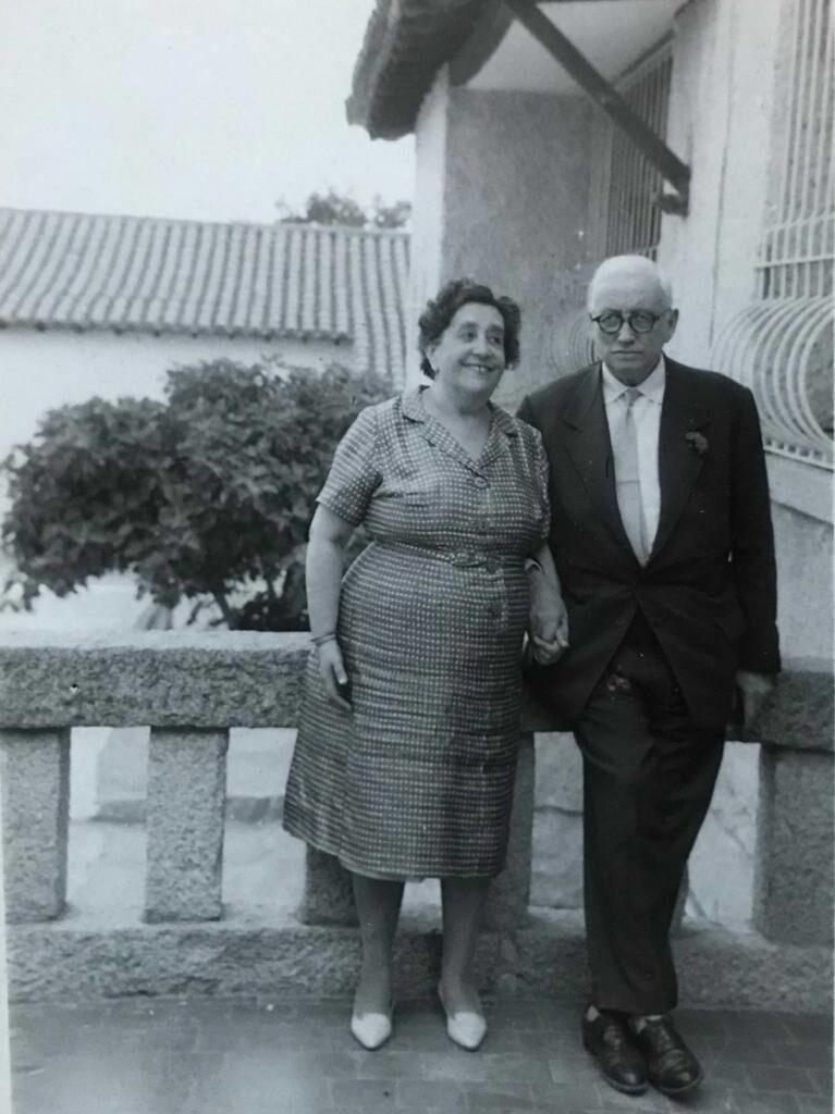 Figura 6: María del Rosario López de Arenosa junto a su marido (Foto facilitada por: Áureo Fernández-Ávila Casas)