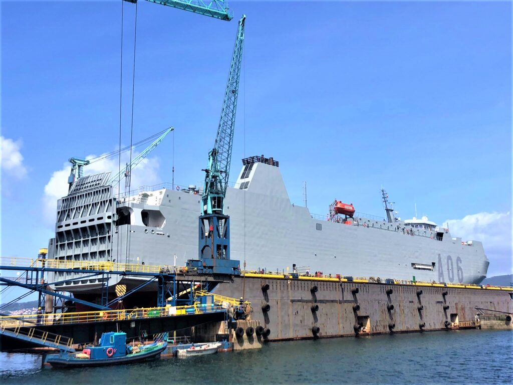 """Figura 10: El """"Ysabel"""" pintado de gris naval (Fuente: Metalships & Docks"""")"""